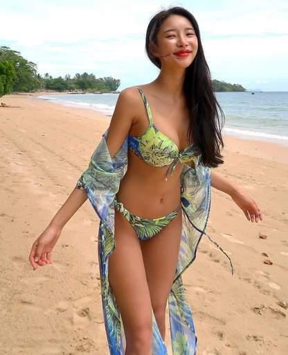 Slim Sexy Vietnamese Beach Babe Beautiful Smile Tall Hard Body
